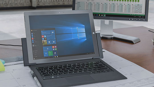 "Компютър с меню ""Старт"" на Windows 10, изтеглете Windows 10 Enterprise Evaluation"