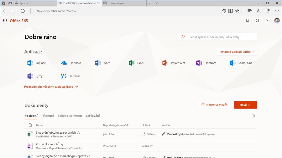 Snímek obrazovky s domovskou stránkou Office.com