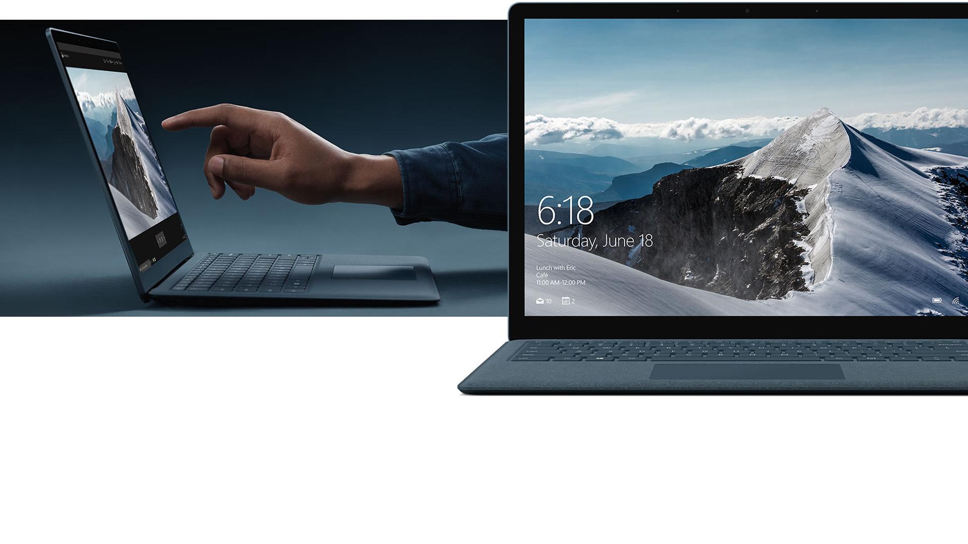 Kvinde, der arbejder på Surface Laptop-touchskærmen.