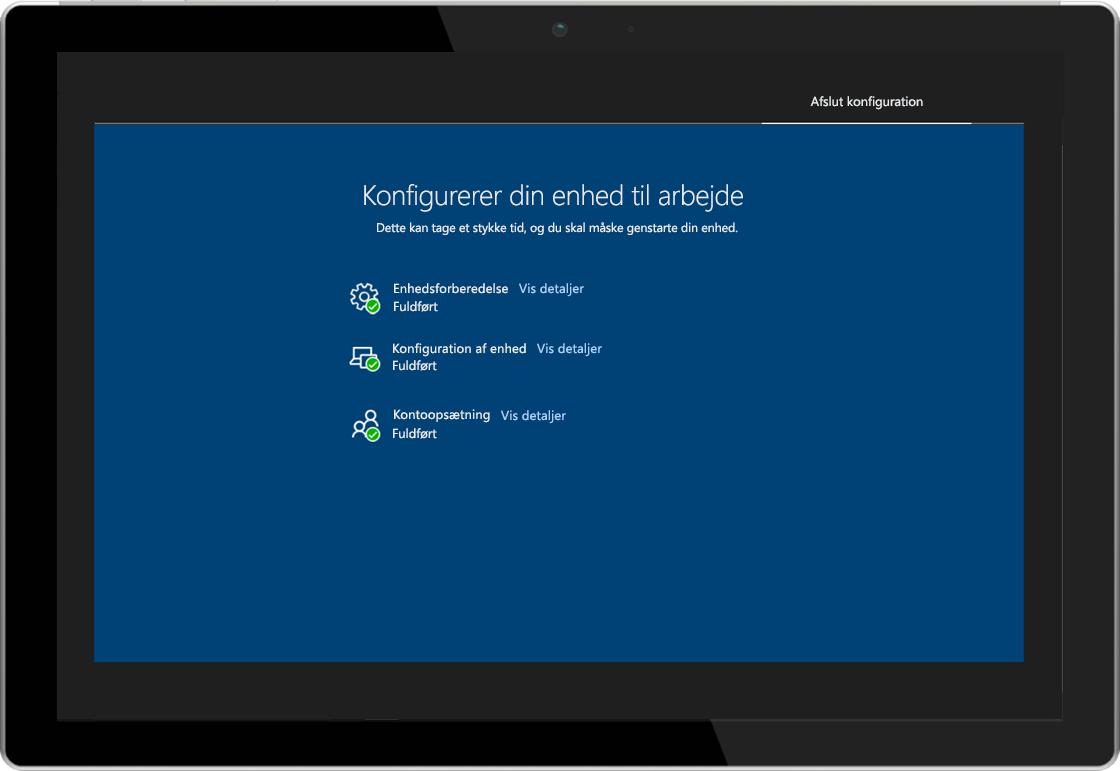 Billede af en tablet visende statussiden for Windows AutoPilot-registrering