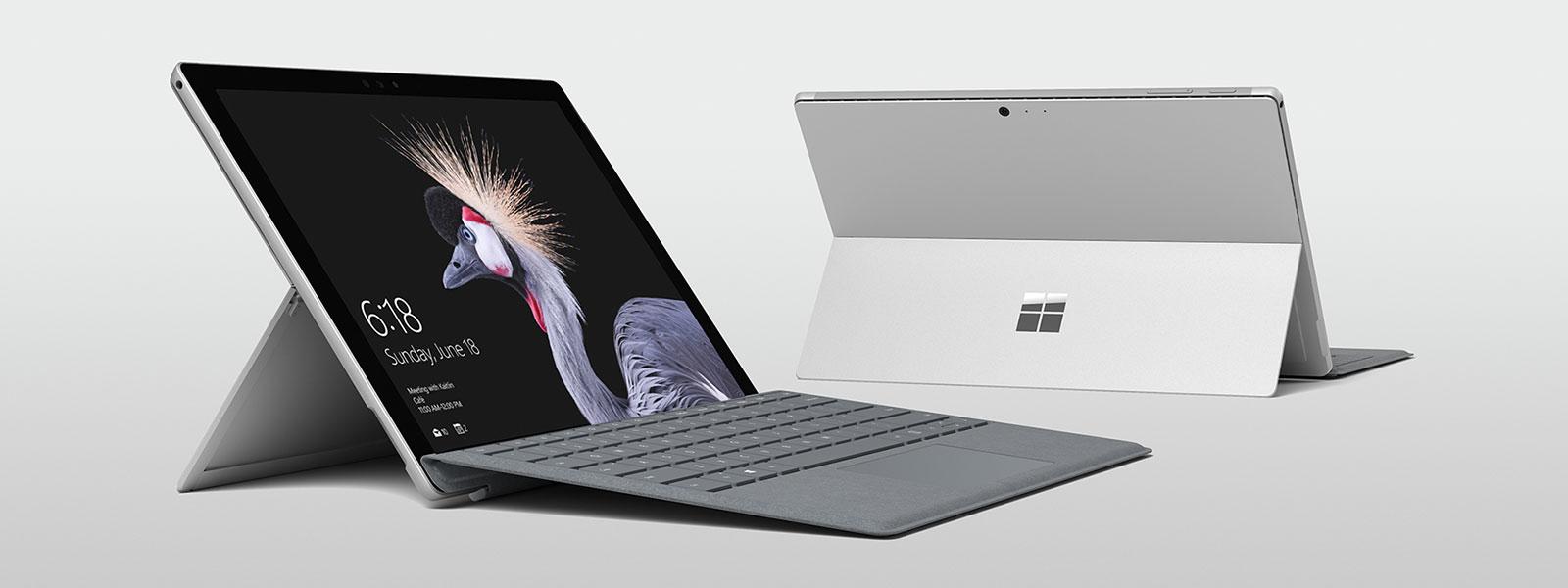 Gruppenproduktbild aller Surface-Geräte