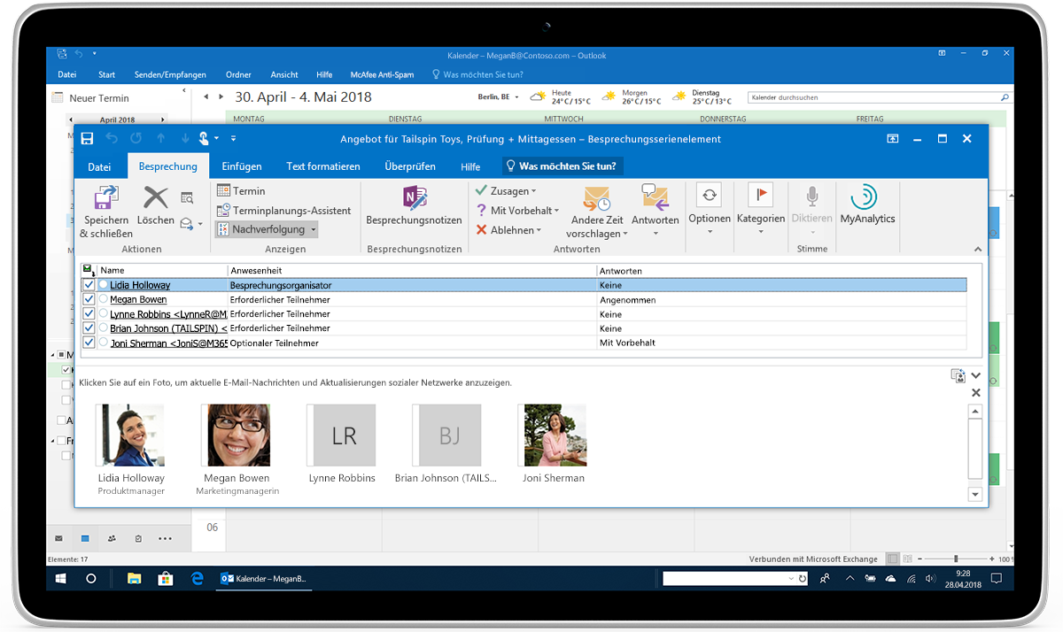 Ein Tablet, auf dem die Verfolgung und Weiterleitung von RSVPs in Outlook dargestellt ist
