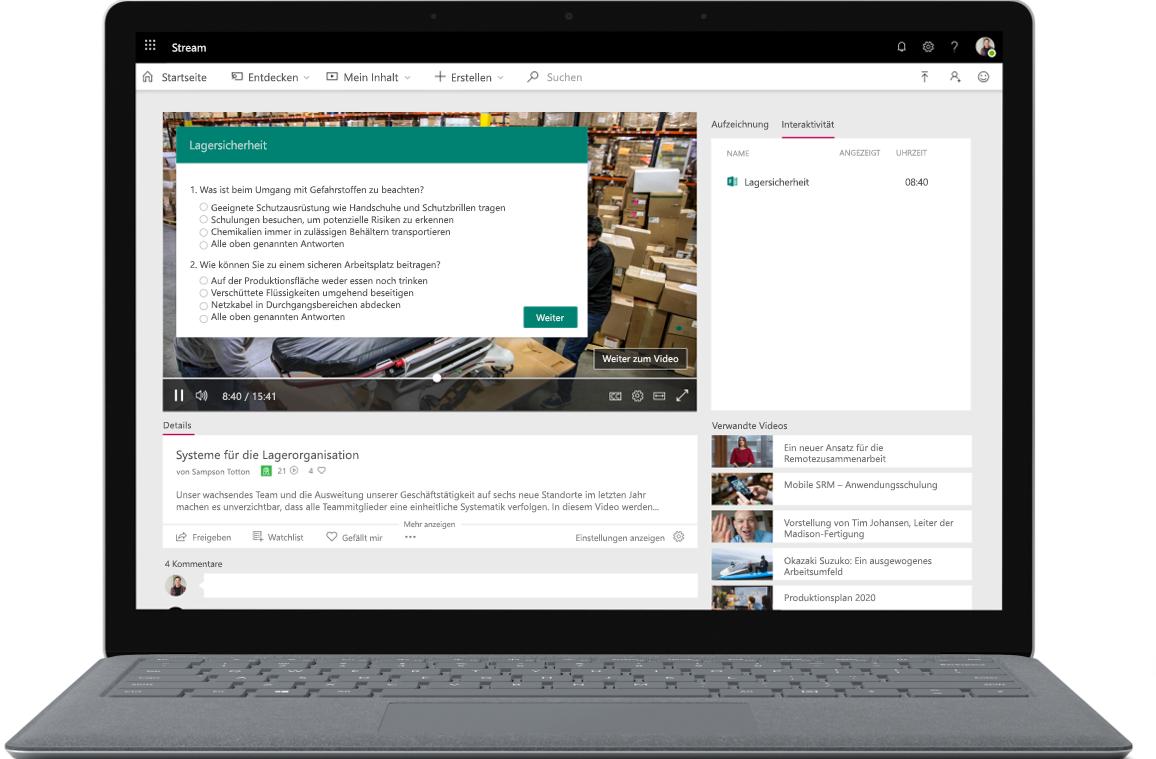 Ein geöffneter Laptop mit einer Microsoft Stream-Umfrage auf dem Bildschirm