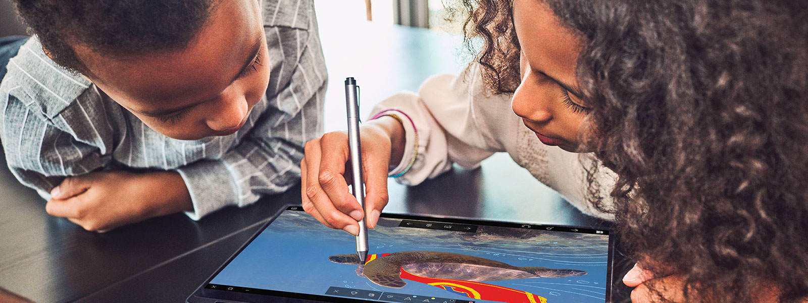 Kids drawing with Windows ink
