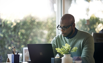Image for: Microsoft, Nasdaq, and Refinitiv empower everyday investors with real-time data and insights in Excel