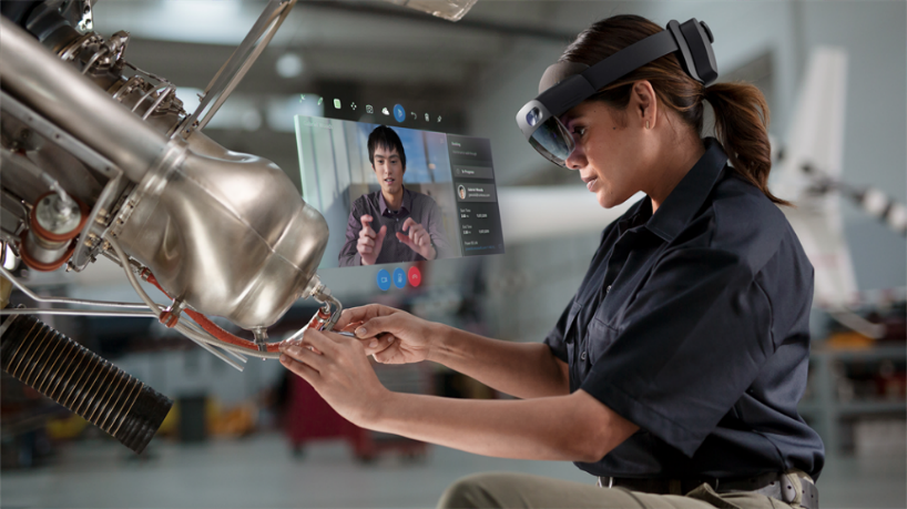 Leveraging Mixed Reality to improve learning experience and boost productivity