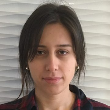 Portrait of Mahsa Derakhshan