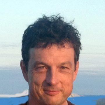 Portrait of Dirk Bergemann