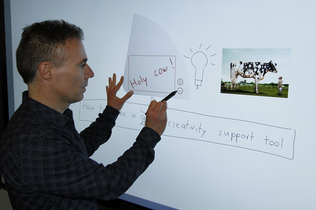 WritLarge makes it easy to select and act on content on large electronic whiteboards.