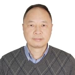 Portrait of Michael Zeng