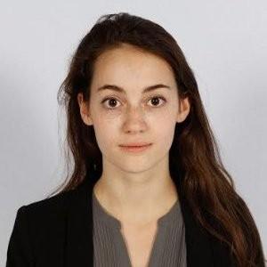 Portrait of Yana Hasson