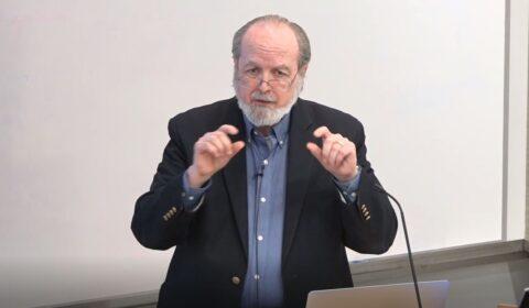 Gregg Vanderheiden giving talk at Microsoft Research