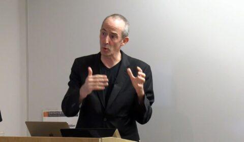 Maarten de Rijke giving talk at Microsoft Research