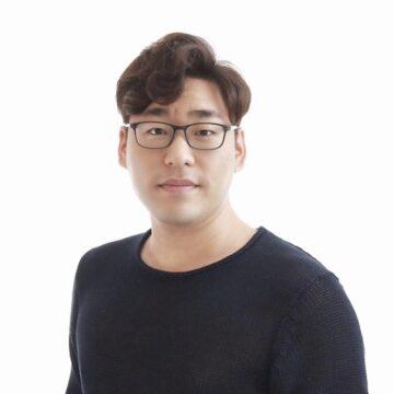 Portrait of Matthew Hong