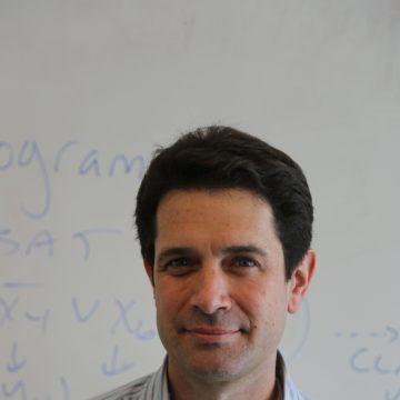 Portrait of Michael Mitzenmacher