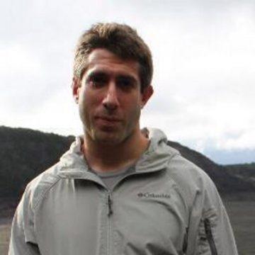 Portrait of Ian Simon