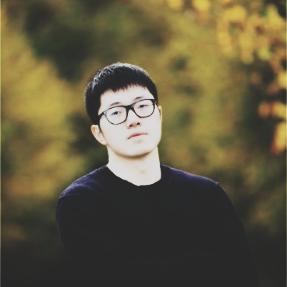 Portrait of Aaron Zhao