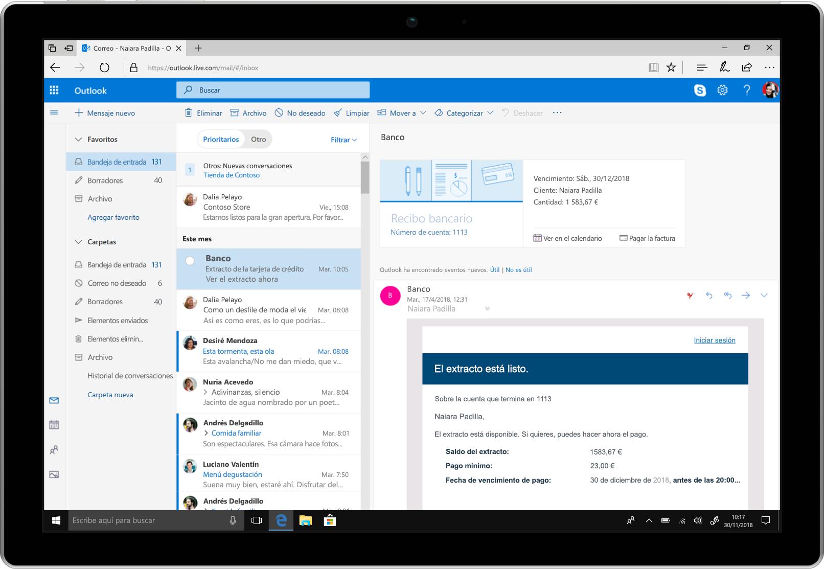 Una tableta en la que se muestran recordatorios de pago de facturas en Outlook.