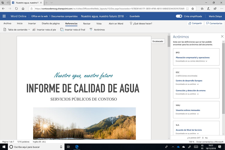 Captura de pantalla del panel de Acrónimos abierto en Microsoft Word.