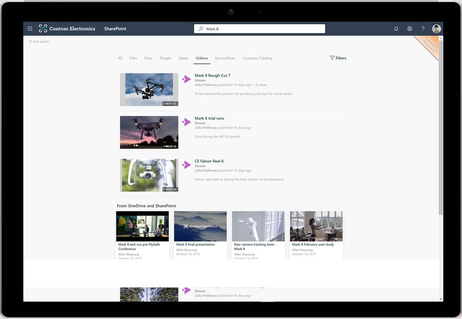 Captura de pantalla que muestra un usuario utilizando la búsqueda en SharePoint.