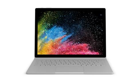 Surface Book 2 kannettavan tietokoneen tilassa.