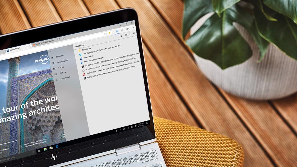 Image d'écran du Hub dans le navigateur Microsoft Edge affichant les favoris, les téléchargements et plus encore dans un même emplacement