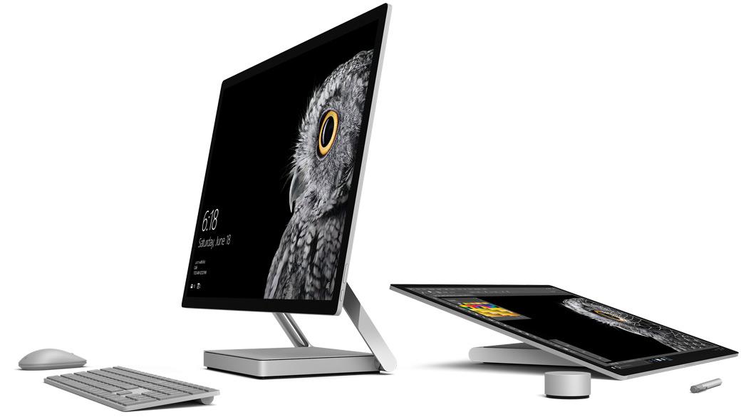Image du SurfaceStudio en mode Bureau et Studio avec le Surface Dial, le stylet et le clavier.