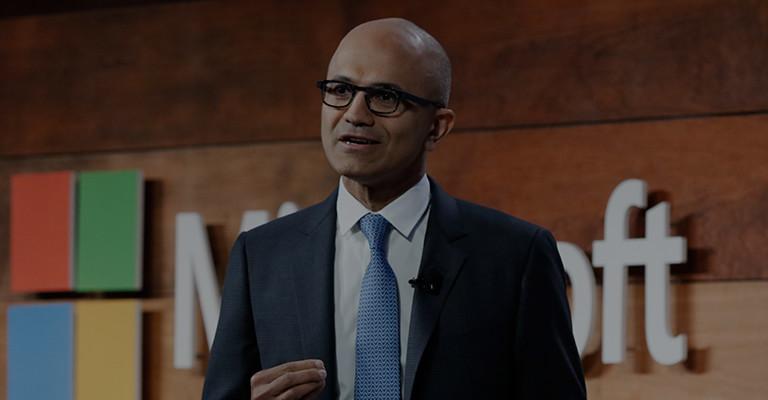 Satya Nadella による、Microsoft セキュリティにおけるサイバーセキュリティの基調講演をご覧ください。