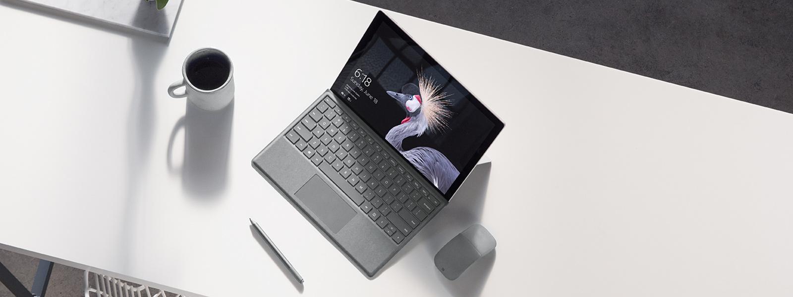 Surface Pro デバイス