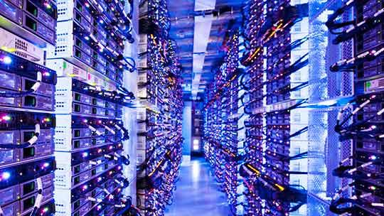 데이터 센터, 중소기업을 위한 마이크로소프트의 주요 클라우드 제품과 서비스를 만나보실 수 있습니다