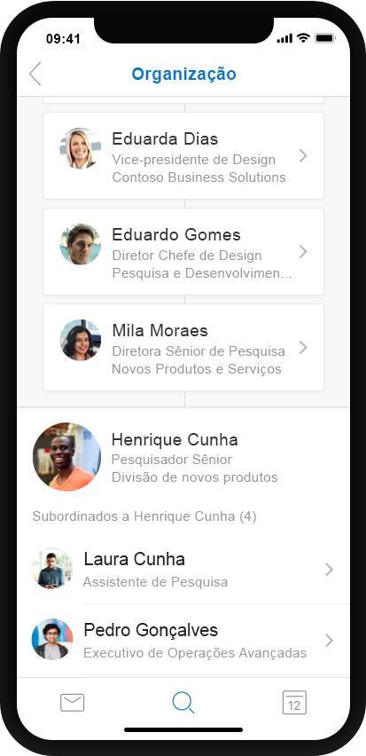Um celular exibe o recurso Organização no Outlook.