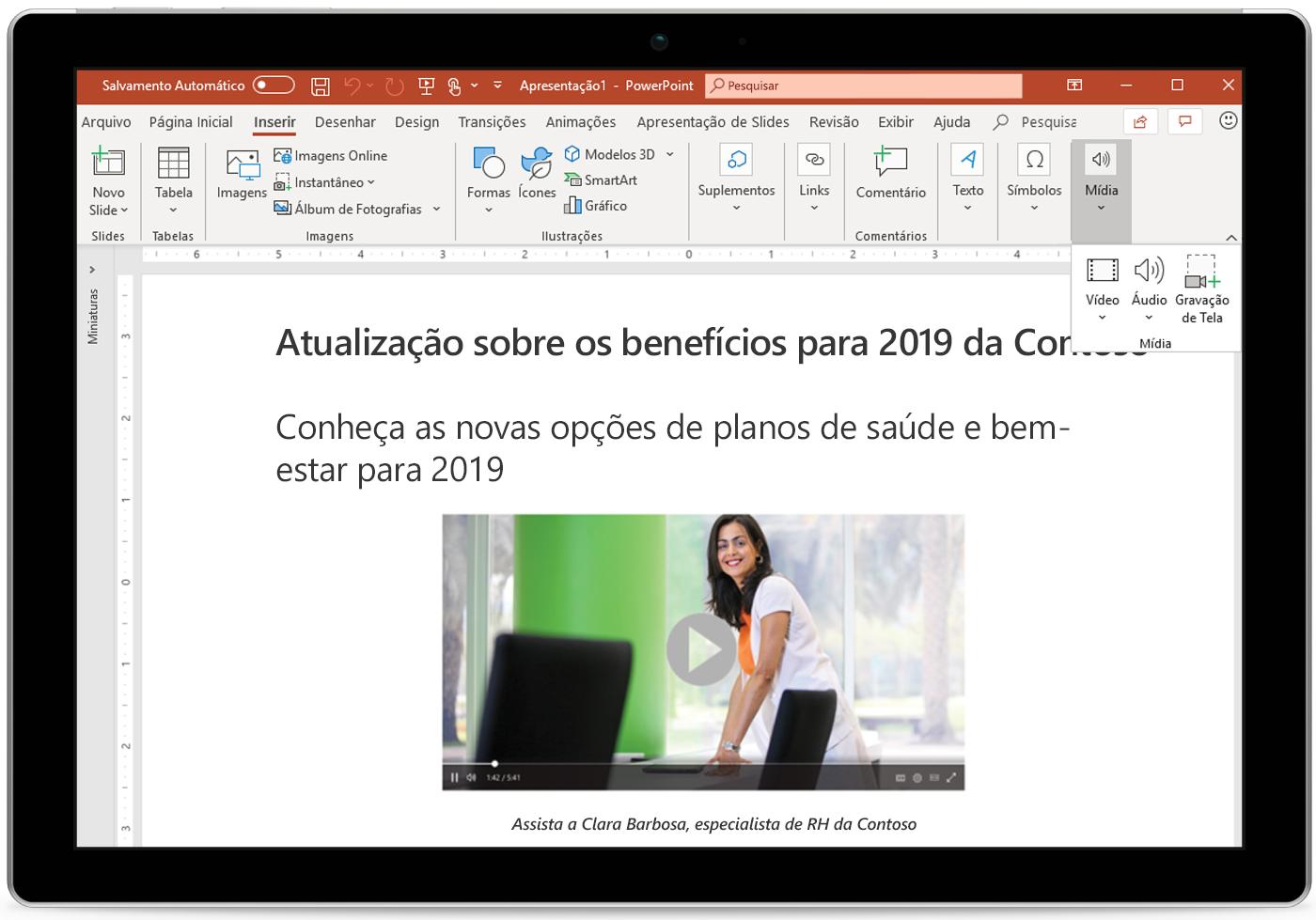 Imagem de tablet exibindo um slide do PowerPoint.