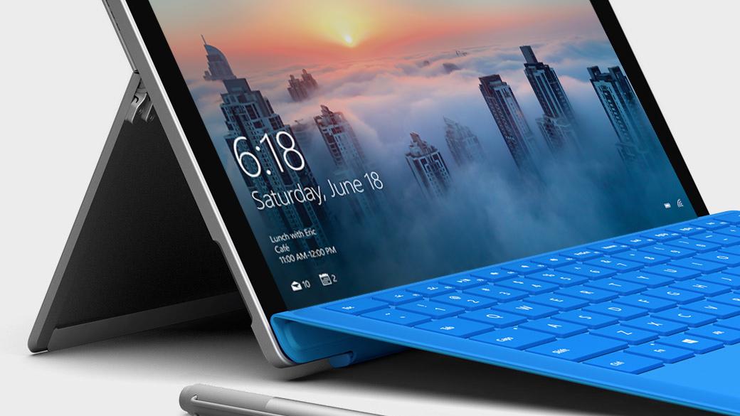 Portátil Surface Pro 4 aberto a mostrar o ecrã do Windows.