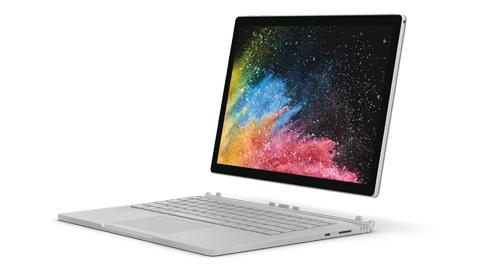 Surface Book 2 som bärbar dator-läge.