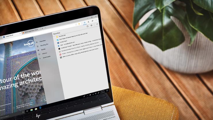 "Microsoft Edge 浏览器内""中心""的屏幕图像,显示将收藏夹、下载及其他内容存储在一个位置"