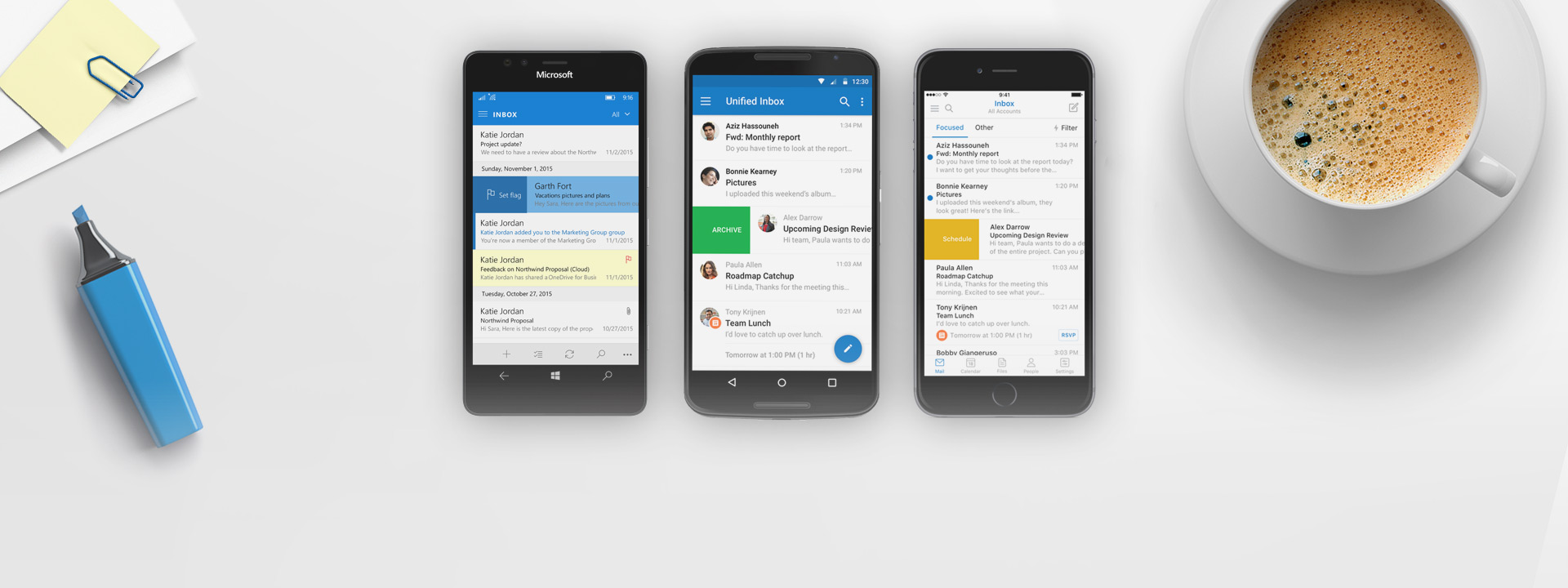 屏幕上显示 Outlook 应用的 Windows Phone、iPhone 和 Android 手机